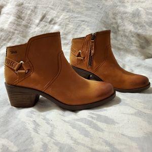Teva Foxy Caramel Ankle Booties 7.5